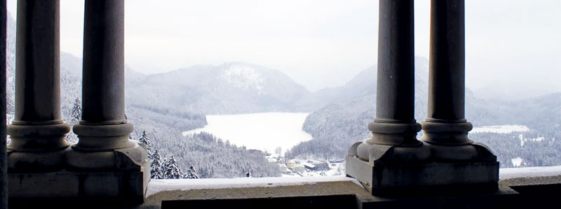 Lago visto do interior do Castelo de Neuschwanstein