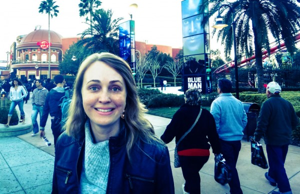 Em Universal City Walk, para o show do Blue Man Group