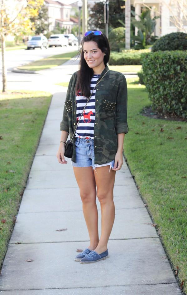 Foto do blog http://www.blogdamariah.com.br/ - Usando bolsa de lado