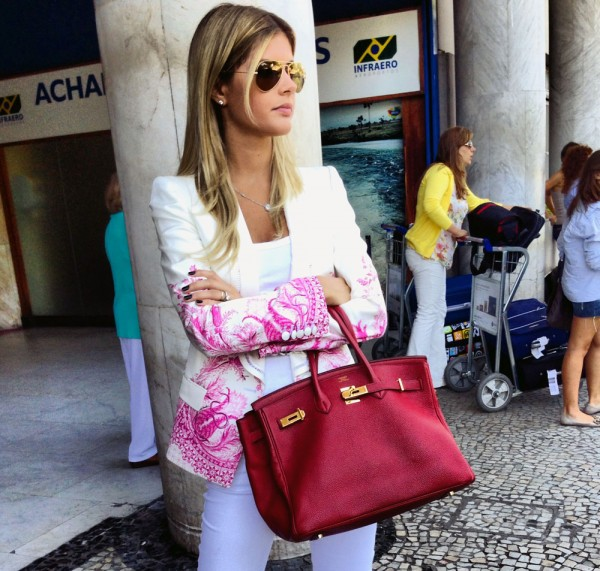 Lala Rudge, do Blog http://lalarudge.com.br/, com um blazer lindo