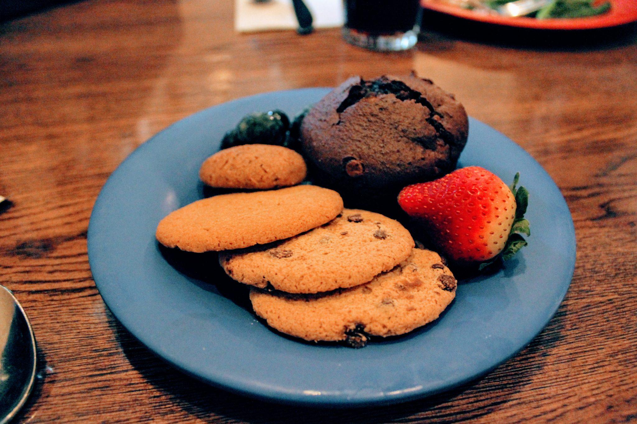 Minha sobremesa sem lactose no restaurante Tusker House, parque Disney's Animal Kingdom