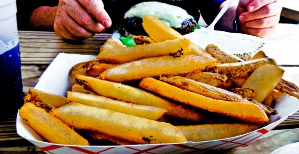As deliciosas batatas fritas do Le Tub