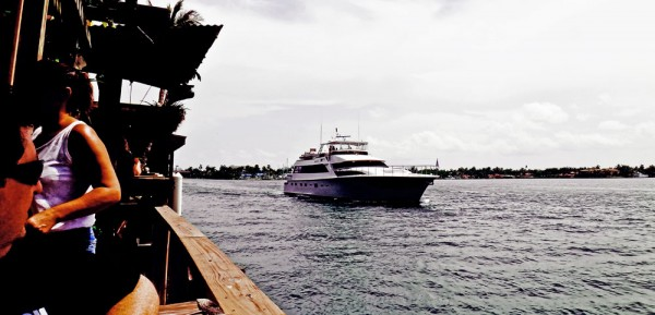 Barco no Intracoastal Waterways