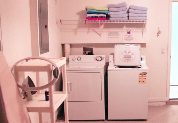 Máquinas de lavar e secar na casa alugada em Kissimmee, Flórida