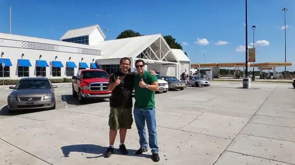 Parada em uma das Service Plaza, na Florida Turnpike, onde há uma unidade do Earl of Sandwich