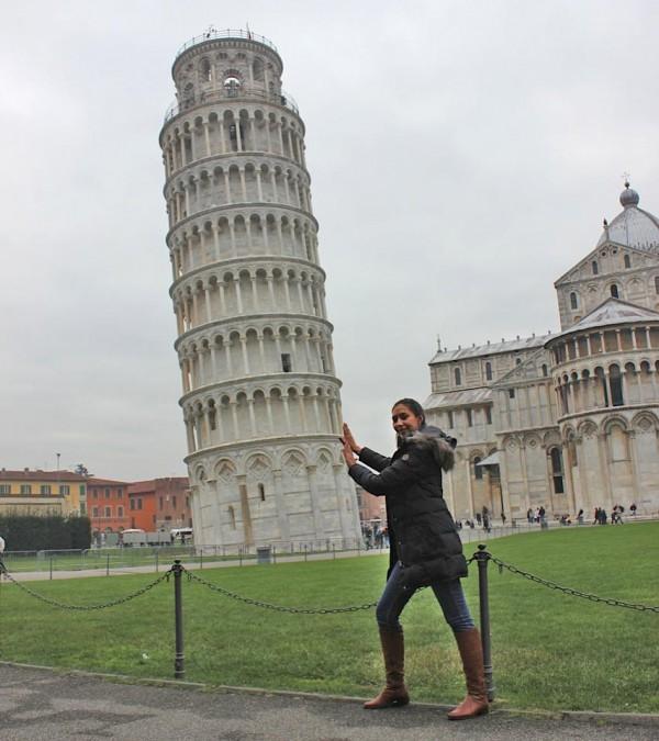 Empurrando a torre di pisa.