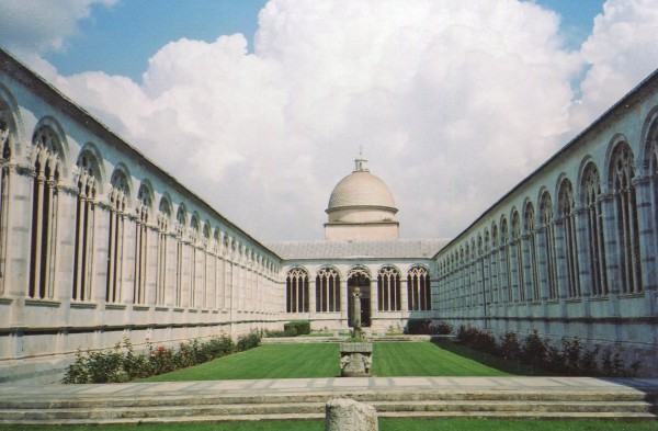 Interior do Camposanto em Pisa.
