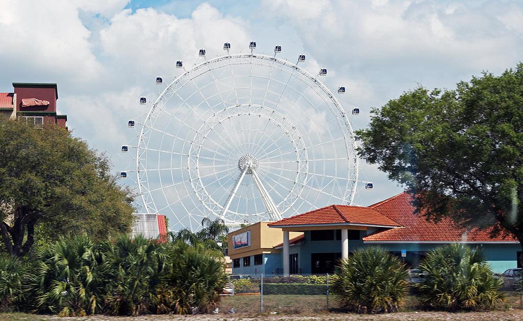 A imensa roda gigante Orlando Eye, novidade em Orlando em 2015