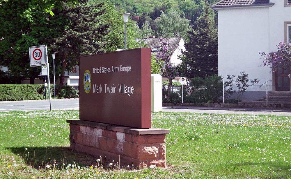 Placa da Base Militar Americana em Heidelberg, Alemanha