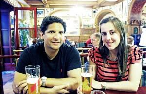 Nossos amigos e anfitriões (Tuti e Gabriela) no Restaurante Perkeo, em Heidelberg