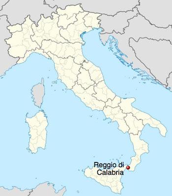 Mapa mostrando a localização de Reggio de Calabria, no extremo Sul da Itália