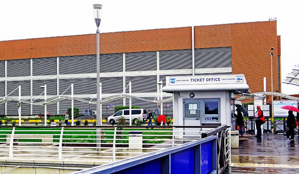 Estação do Alilaguna no aeroporto Marco Polo, em Veneza