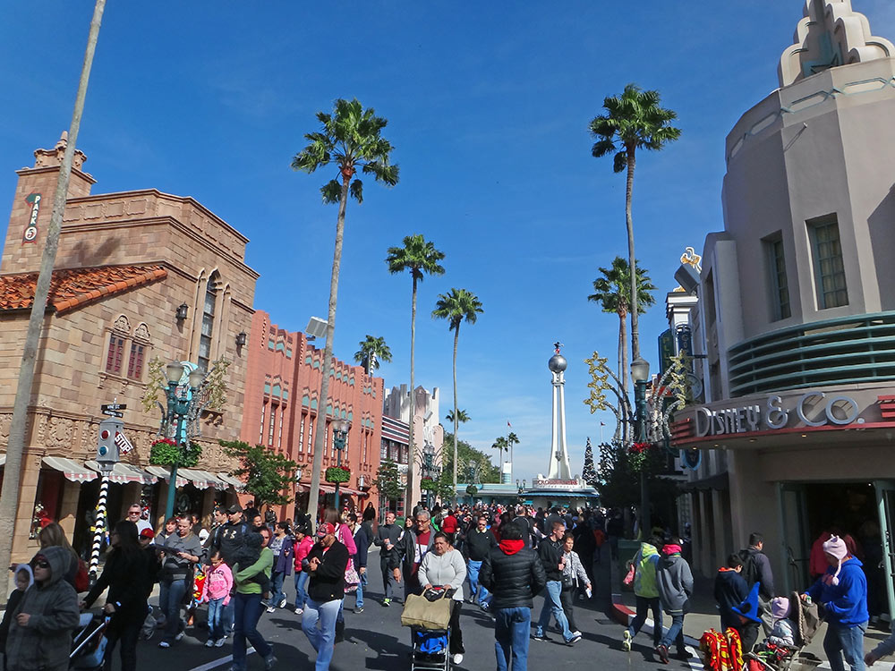 Um belo dia ensolarado no parque Disney's Hollywood Studios