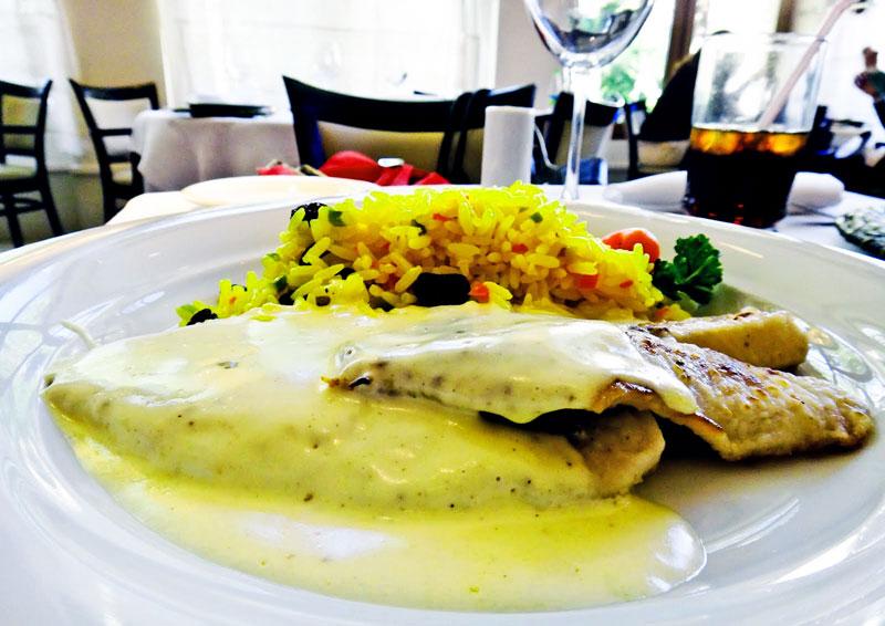 Delicioso peixe como prato principal