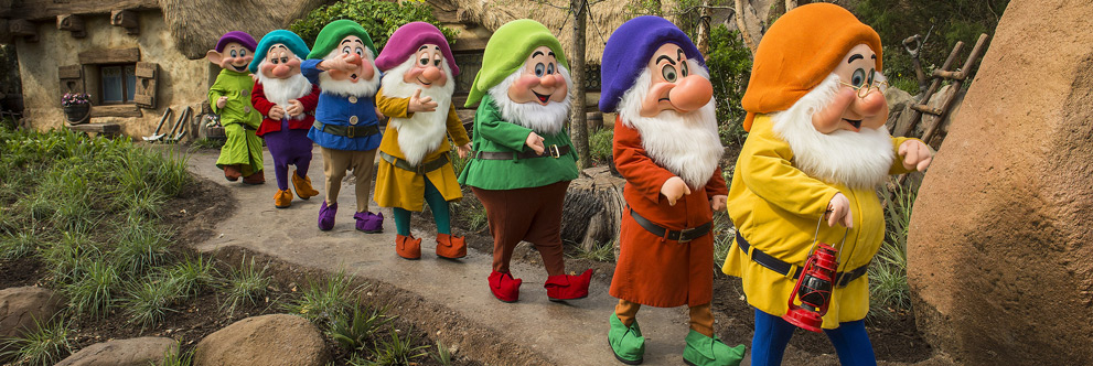 A nova atração do parque Magic Kingdom, Seven Dwarfs Mine Train. Foto: Disney Parks Blog