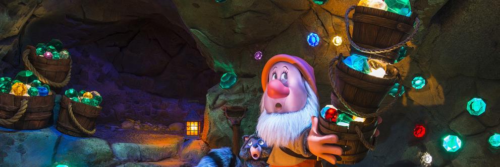 A nova atração do parque Magic Kingdom, Seven Dwarfs Mine Train. Foto: Disney Parks Blog