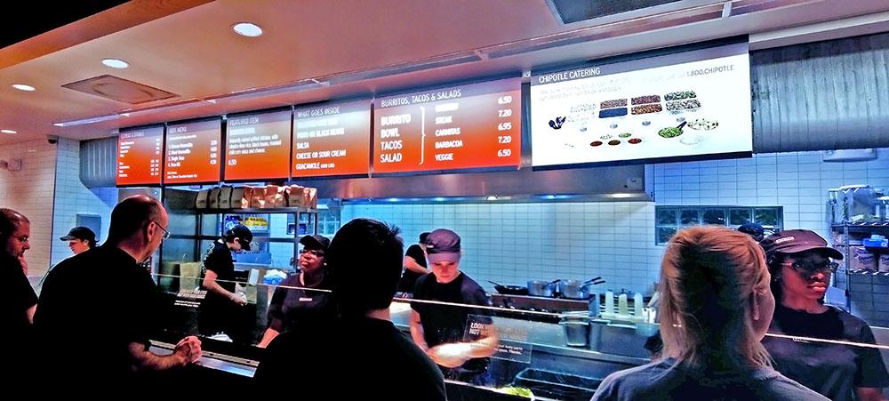 O menu com as opções oferecidas no Chipotle Mexican Grill