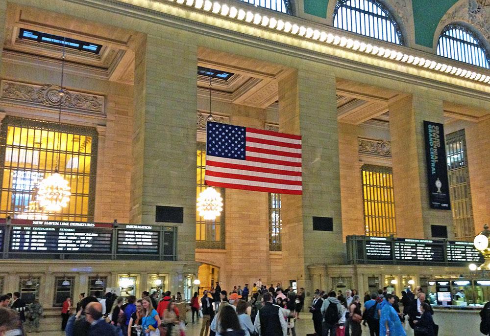 O saguão principal da Grand Central Terminal chama atenção pela sua grandiosidade