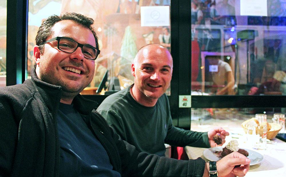 Com o amigo Walter, na Birreria Pedavena