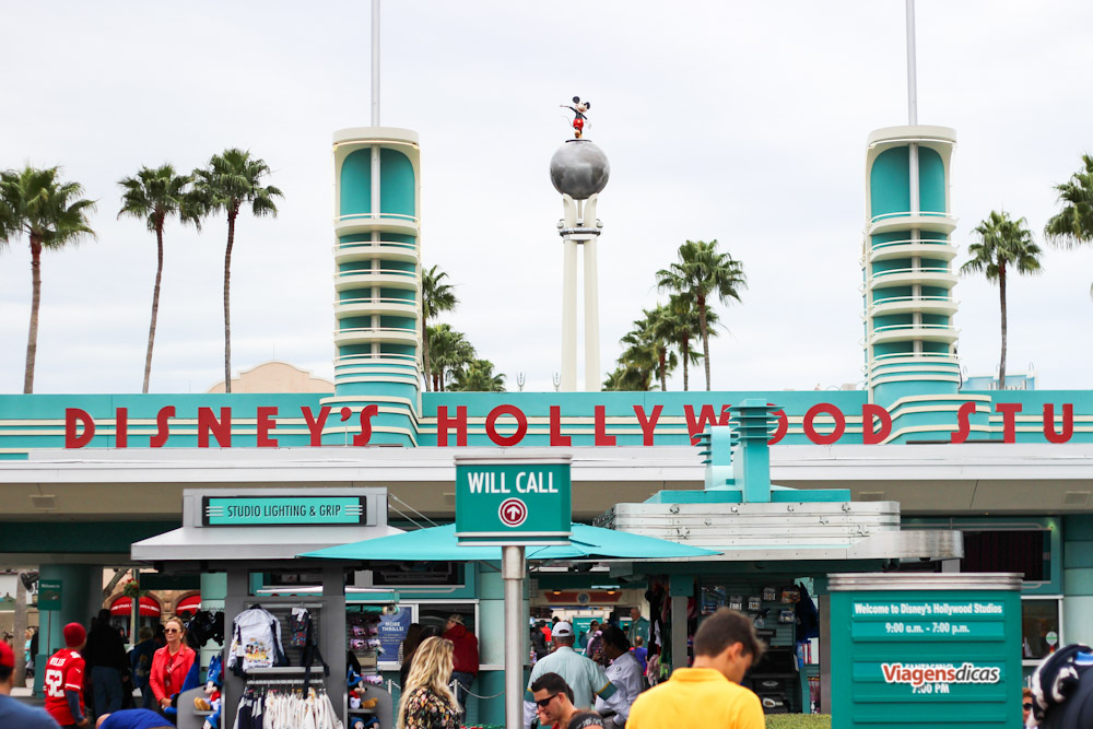 A fachada do parque Disney's Hollywood Studios em Janeiro de 2015