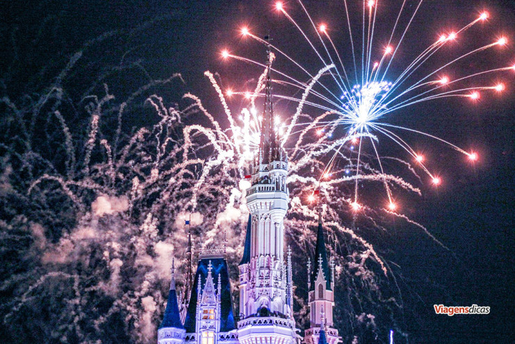 Wishes no parque Disney's Magic Kingdom em Janeiro de 2015